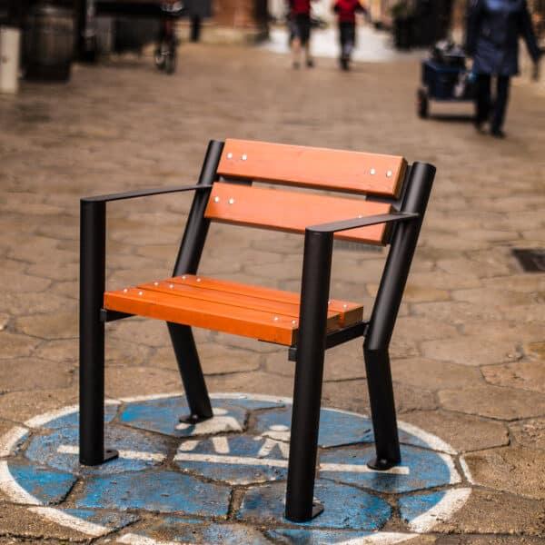 Krzesło parkowe Gladiator z podłokietnikiem