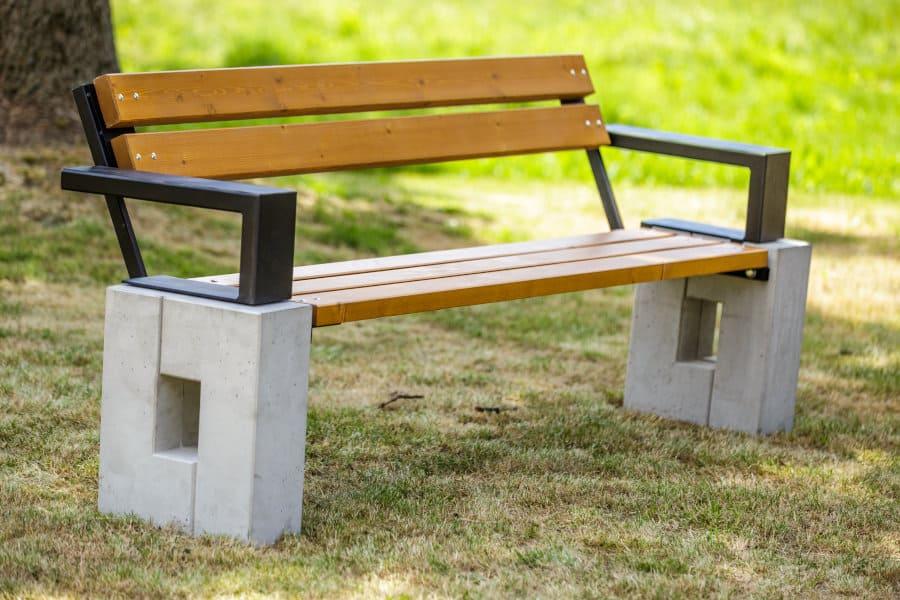 Ławka parkowa Roma z podłokietnikiem